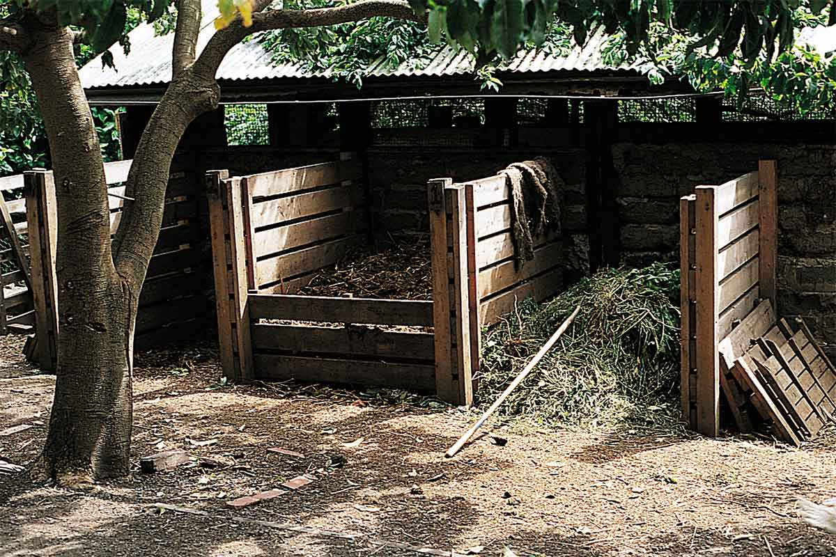 img-article-12x08-compost-bays