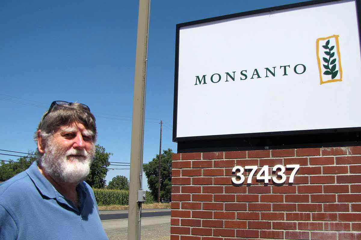 img-article-12x08-clive-monsanto